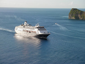 cruise-ship-soufriere